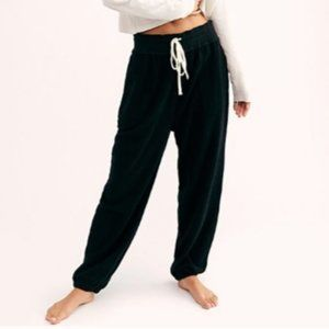 NWT Free People Slouch Jogger Black